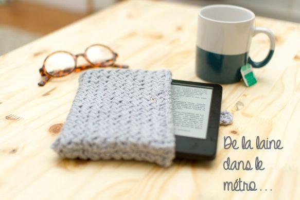 pochette au tricot pour liseuse Kindle